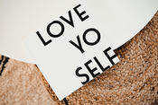 Bekijk Love Yo self! van Bonjour to you!