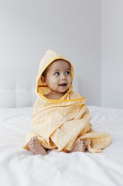 Blenker Hooded Towel (M) - Sunset Yellow van KipKep